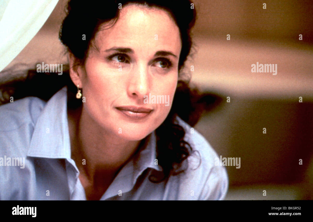 THE MUSE -1999 ANDIE MACDOWELL - Stock Image