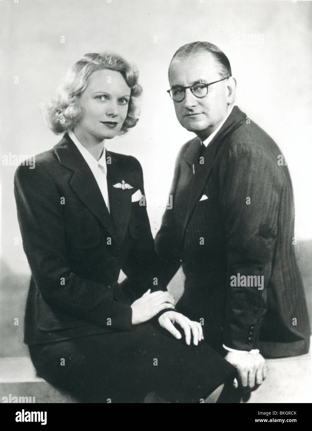 ANNA NEAGLE PORTRAIT WITH HUSBAND HERBERT WILCOX (DIR) NGLE 006P - Stock Image