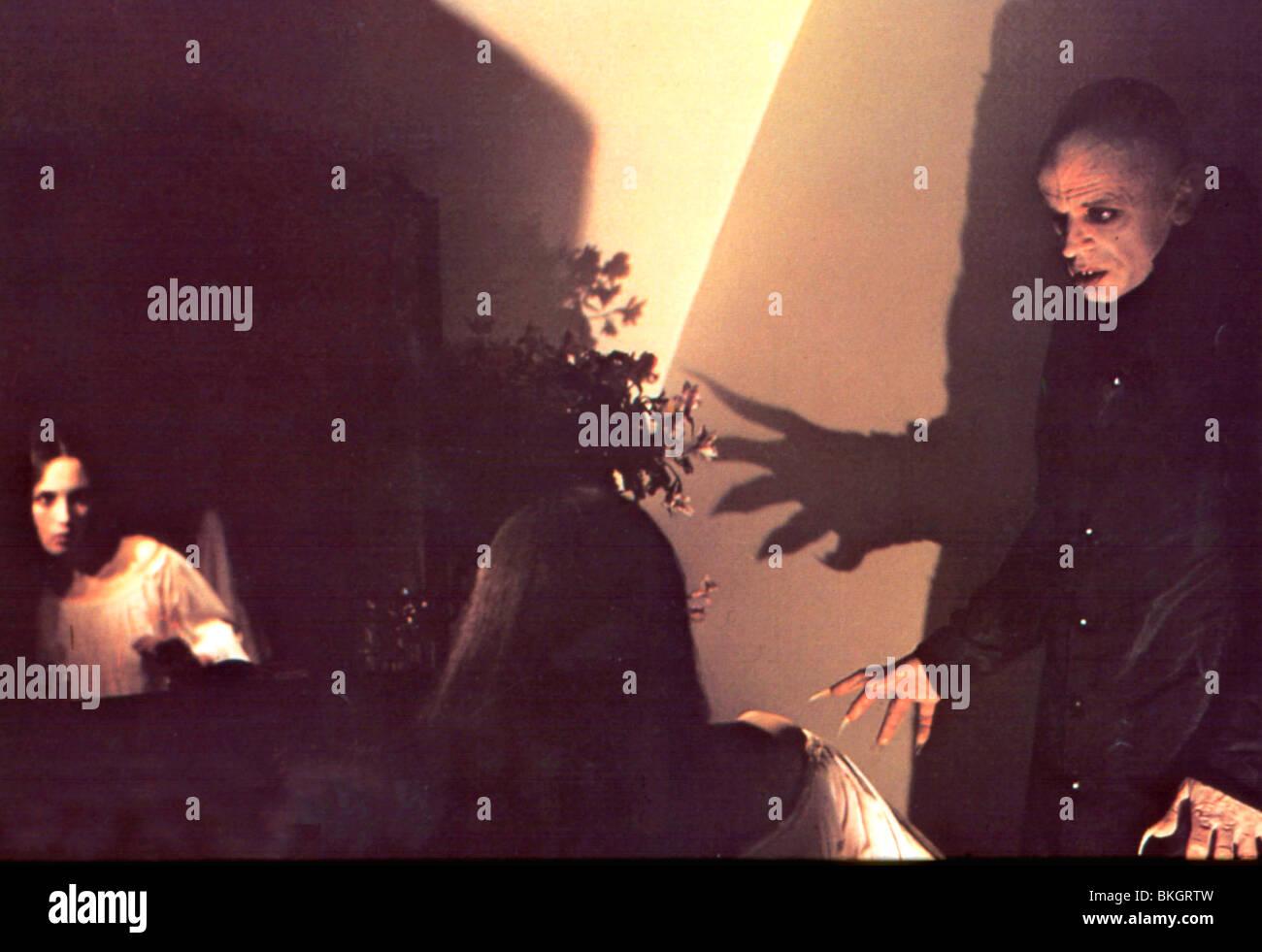 NOSFERATU THE VAMPYRE (1979) ISABELLE ADJANI, KLAUS KINSKI NSF 019 Stock Photo