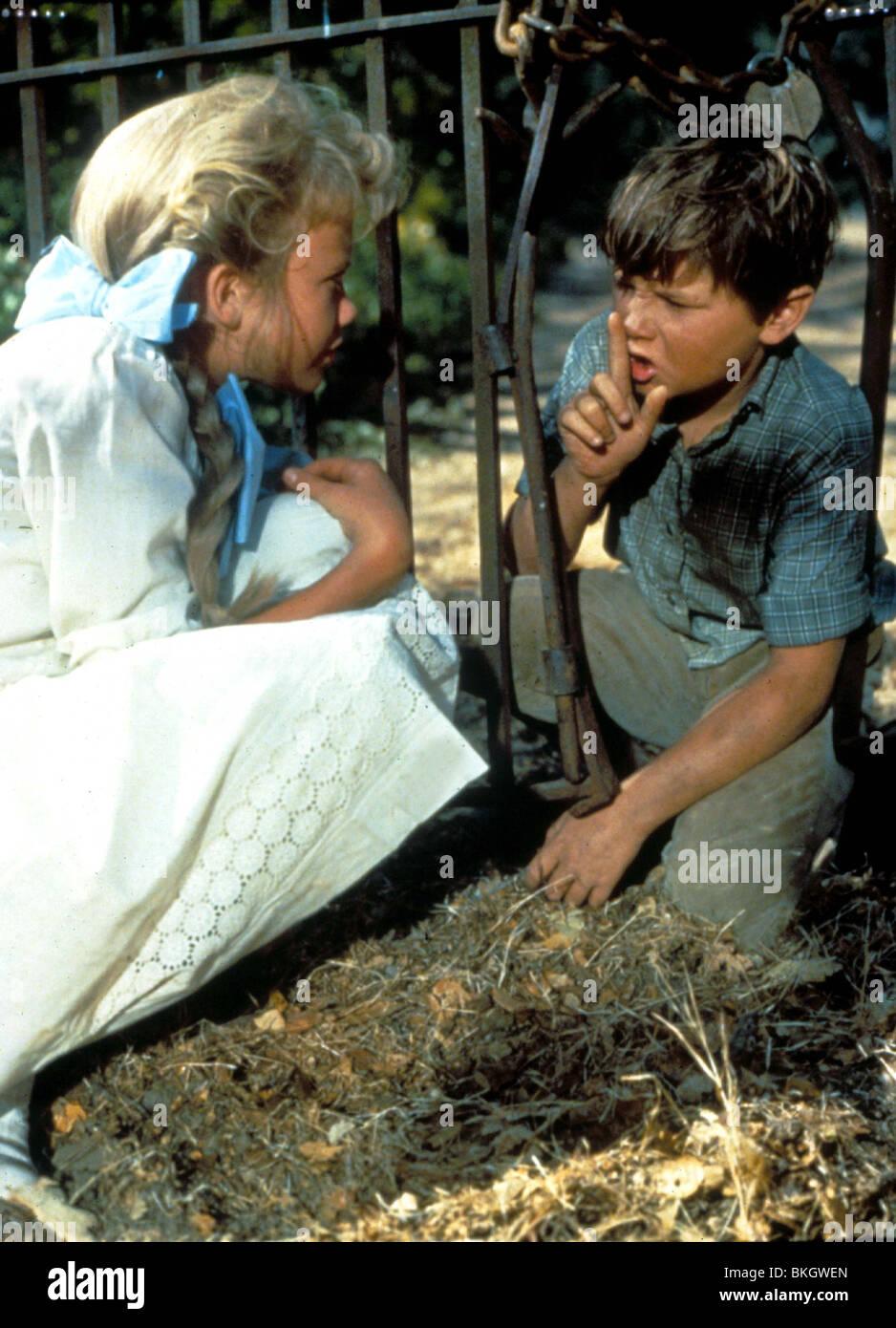 POLLYANNA (1960) HAYLEY MILLS, KEVIN CORCORAN PLYA 001 - Stock Image