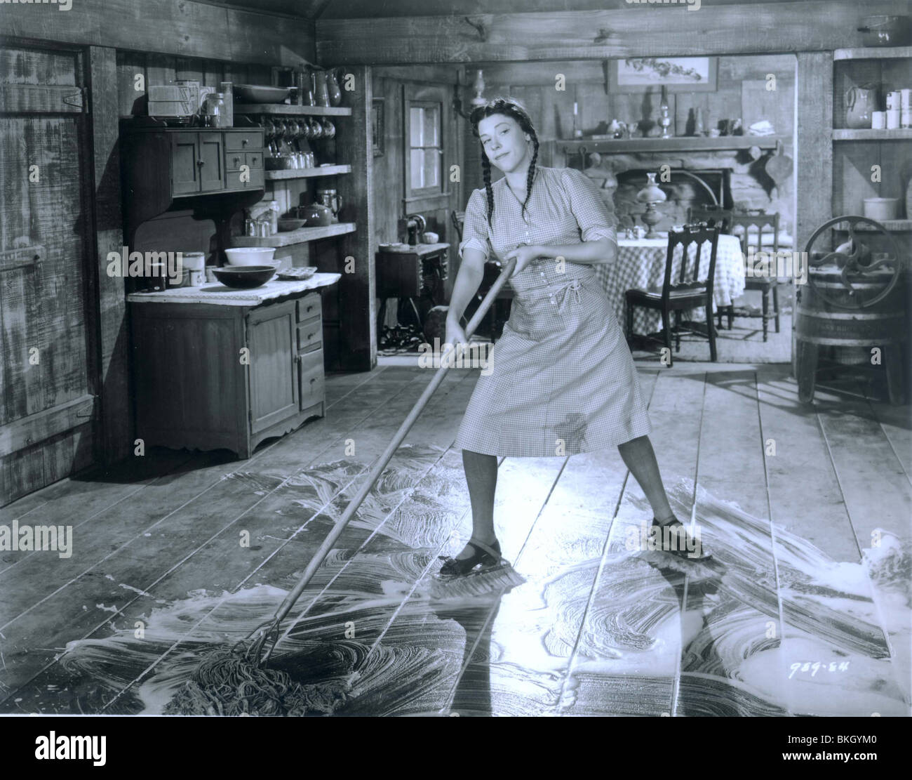 SCATTERBRAIN (1940) RUTH DONNELLY SCTB 002P - Stock Image