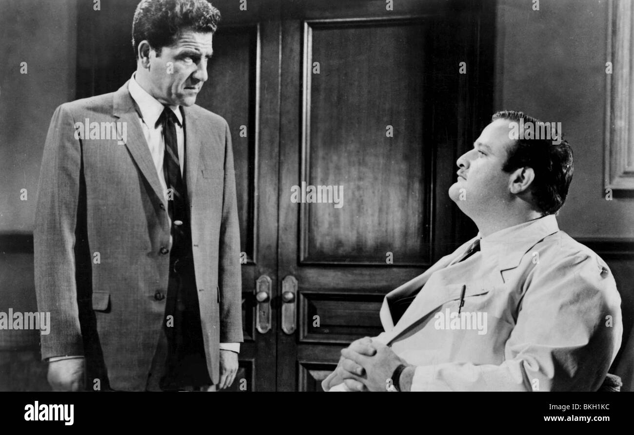 THE STRANGLER (1963) BAYNES BARRON, VICTOR BUONO STRG 010P Stock Photo -  Alamy