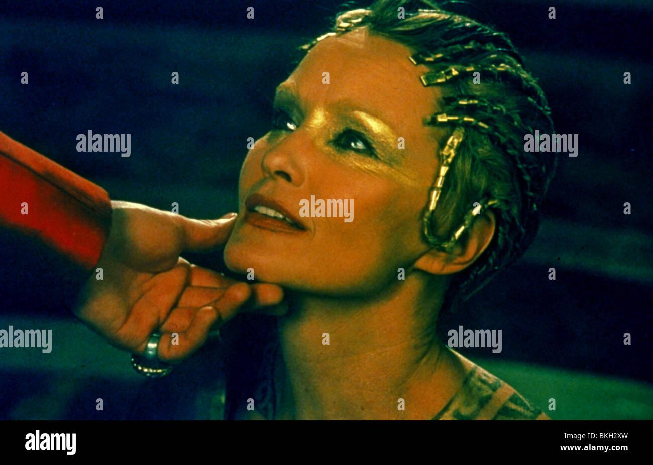 TITUS -1999 JESSICA LANGE - Stock Image