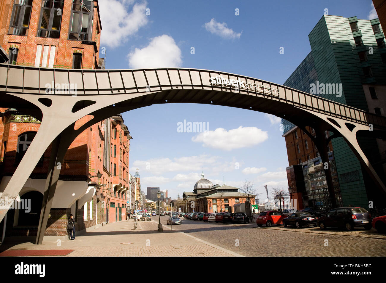 The Stilwerk Bruecke next to the Stilwerk design house in Hamburg, Germany. - Stock Image