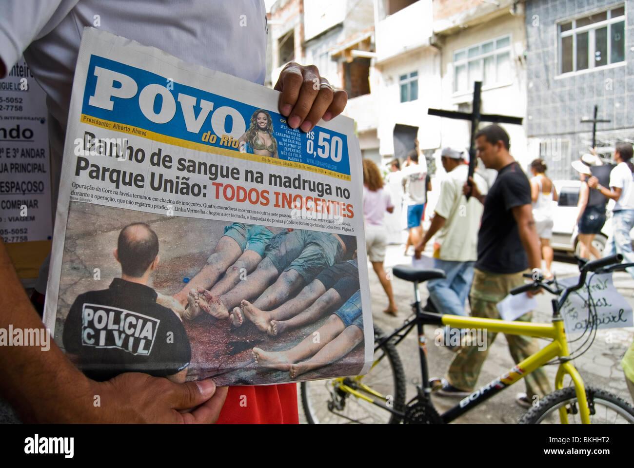 Demonstration against police violence, Favela da Maré, Rio de Janeiro, Brazil. - Stock Image