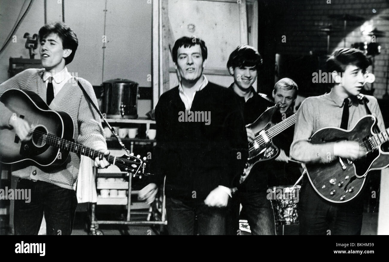 https://c8.alamy.com/comp/BKHM59/hollies-uk-pop-group-on-ready-steadygo-in-november-1963-from-l-nash-BKHM59.jpg