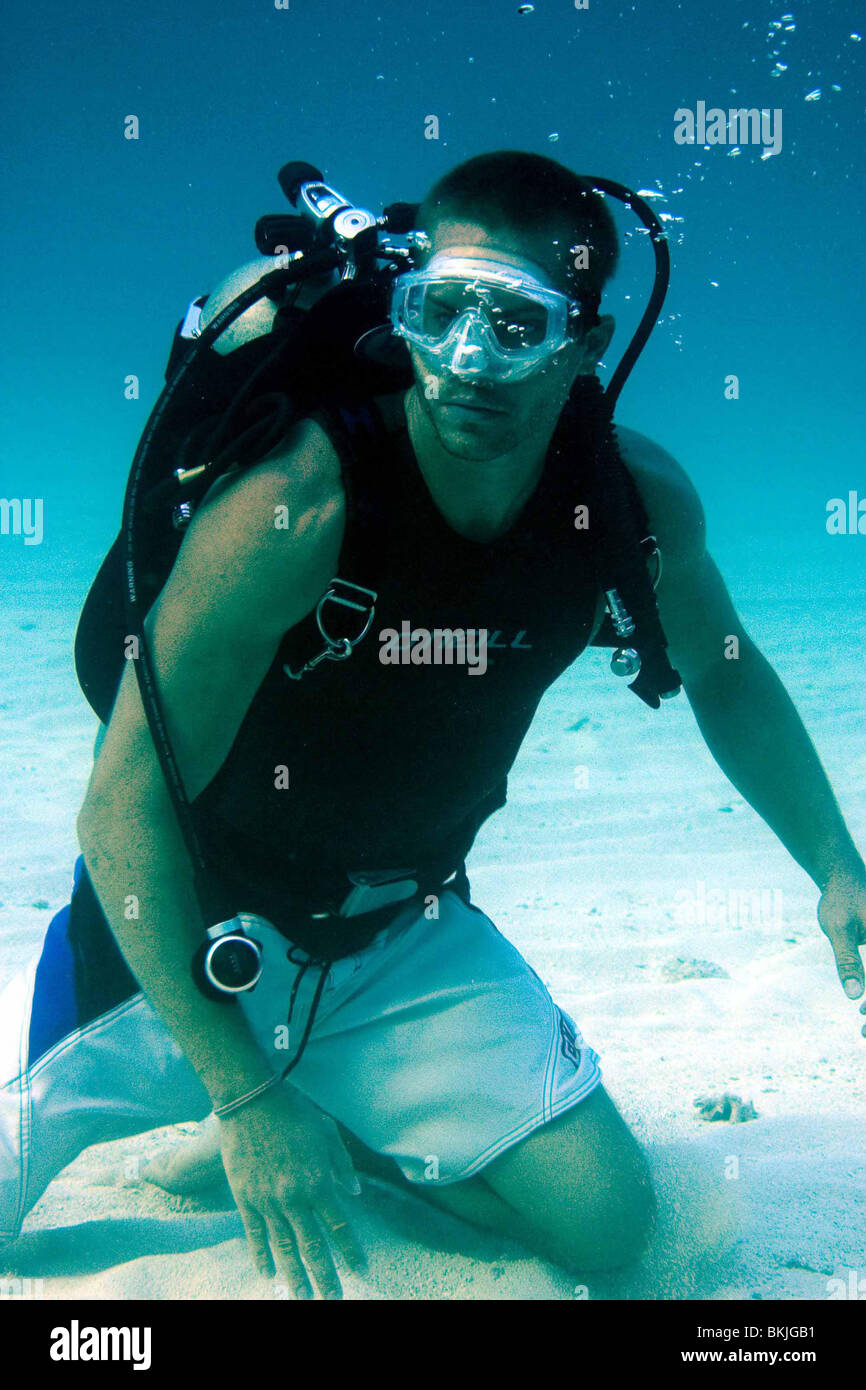 INTO THE BLUE (2005) PAUL WALKER ITBL 001-37 - Stock Image