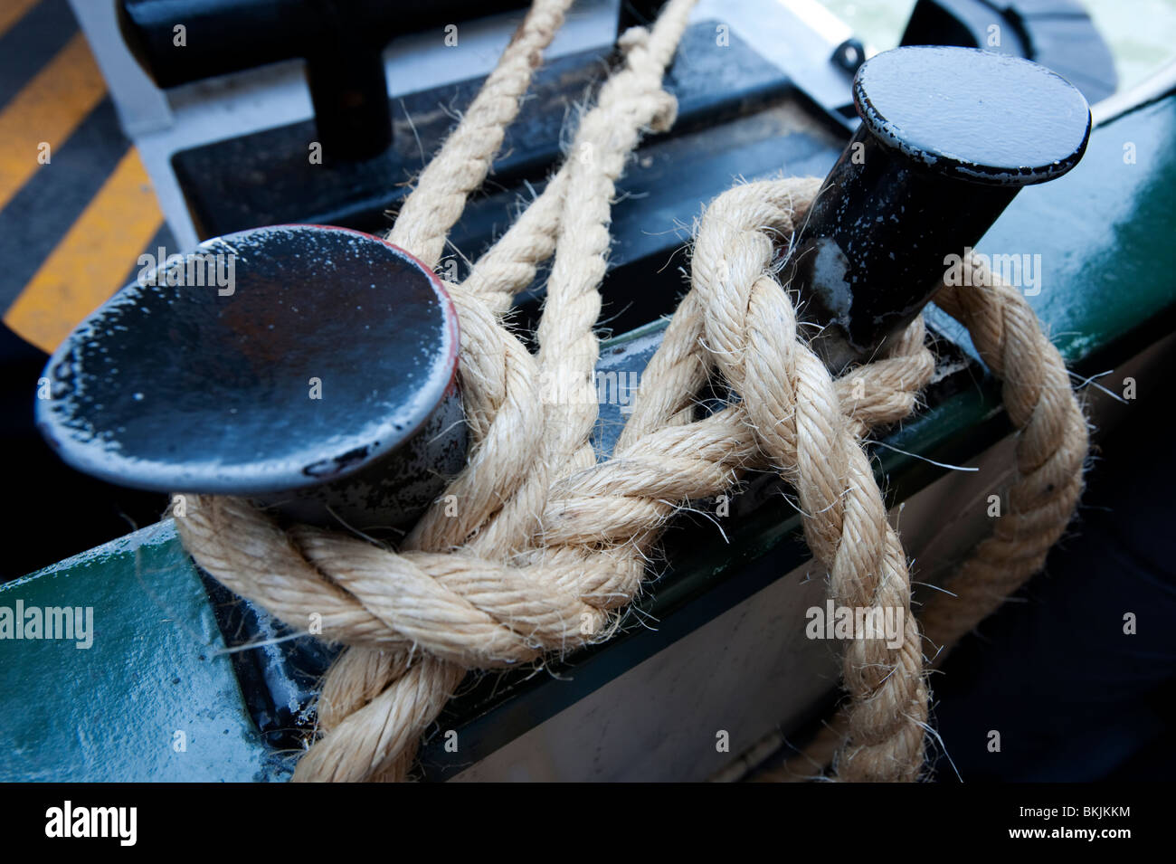 Detail of rope mooring on Vaporetto waterbus on the Grand Canal in Venice Italy - Stock Image