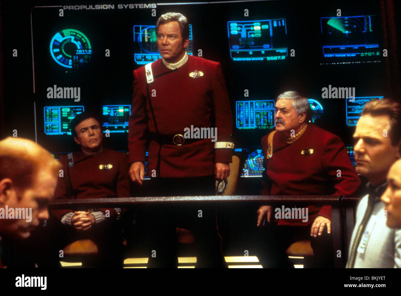 STAR TREK: GENERATIONS (1994) WALTER KOENIG, WILLIAM SHATNER, JAMES DOOHAN STGN 077 - Stock Image