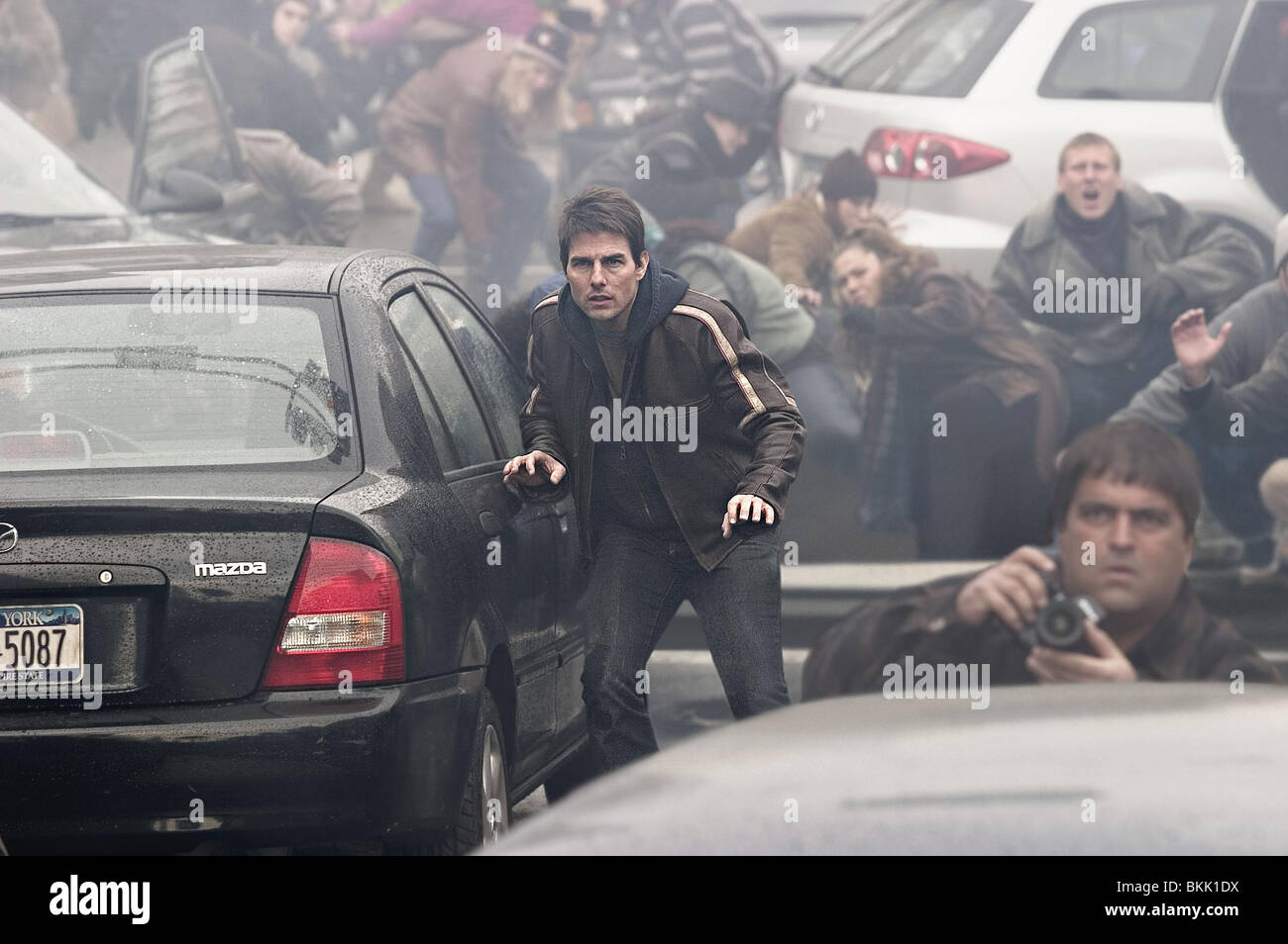 WAR OF THE WORLDS (2005) TOM CRUISE WARW 001-01 - Stock Image