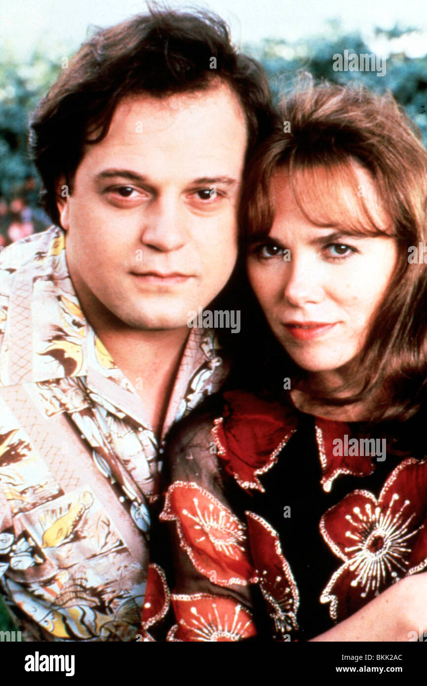 Wired 1989 Michael Chiklis Stock Photos & Wired 1989 Michael Chiklis ...