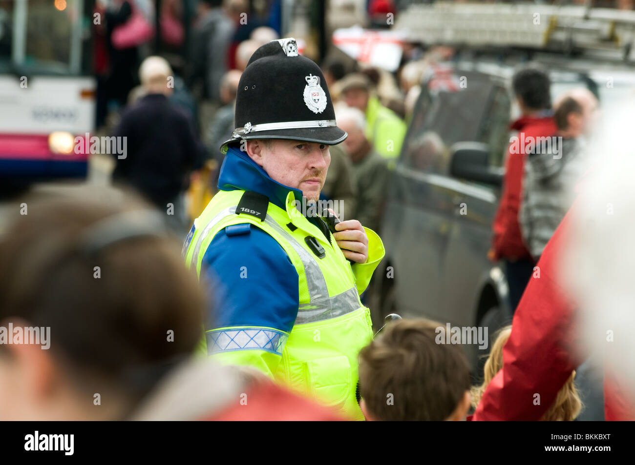 Policeman on duty in Bewdley in Worcestershire, England for a parade of returning Soldiers from Afghanistan in March - Stock Image