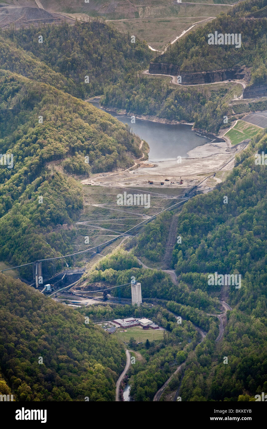 Aerial View of Massey Energy's Shumate Coal Sludge Impoundment Above Marsh Fork Elementary School - Stock Image