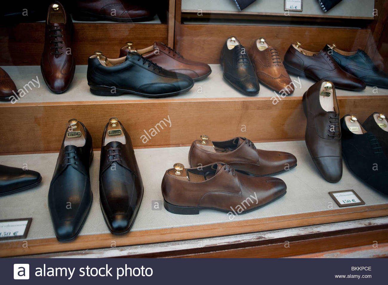 4d0ff9d12f5 Mens Business Shoes Display Store Window Stock Photos   Mens ...