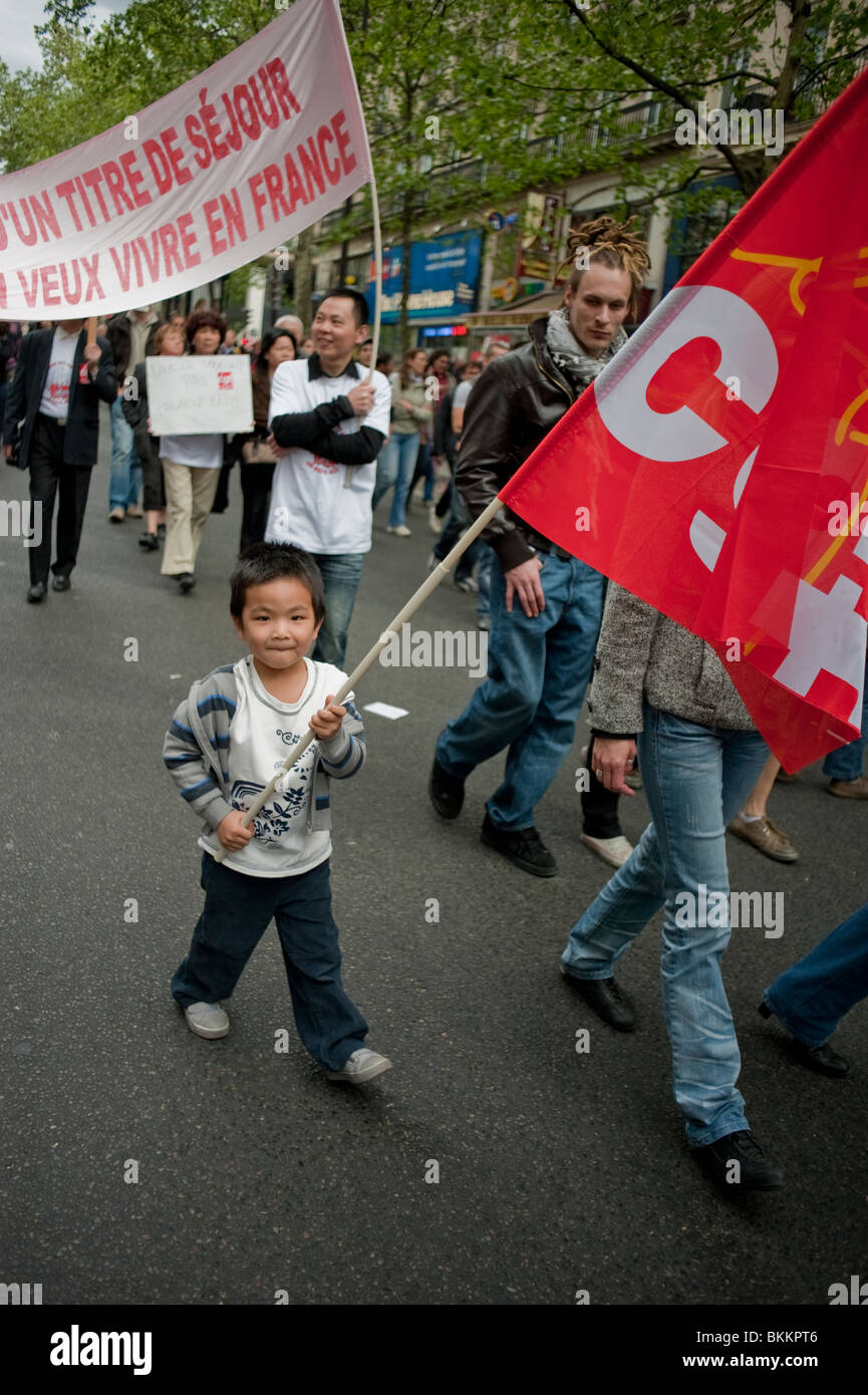 France's leading trade unions, Demonstrating in May 1, May Day Demonstration, Paris, France, Chinese People, - Stock Image