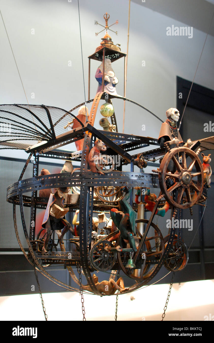Israel, Jerusalem Science Museum. Flight: a kinetic statue - Stock Image