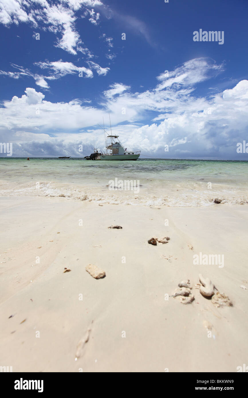 Kenya, Mombasa, East, Africa, West Kenya, boat at Diani beach - Stock Image