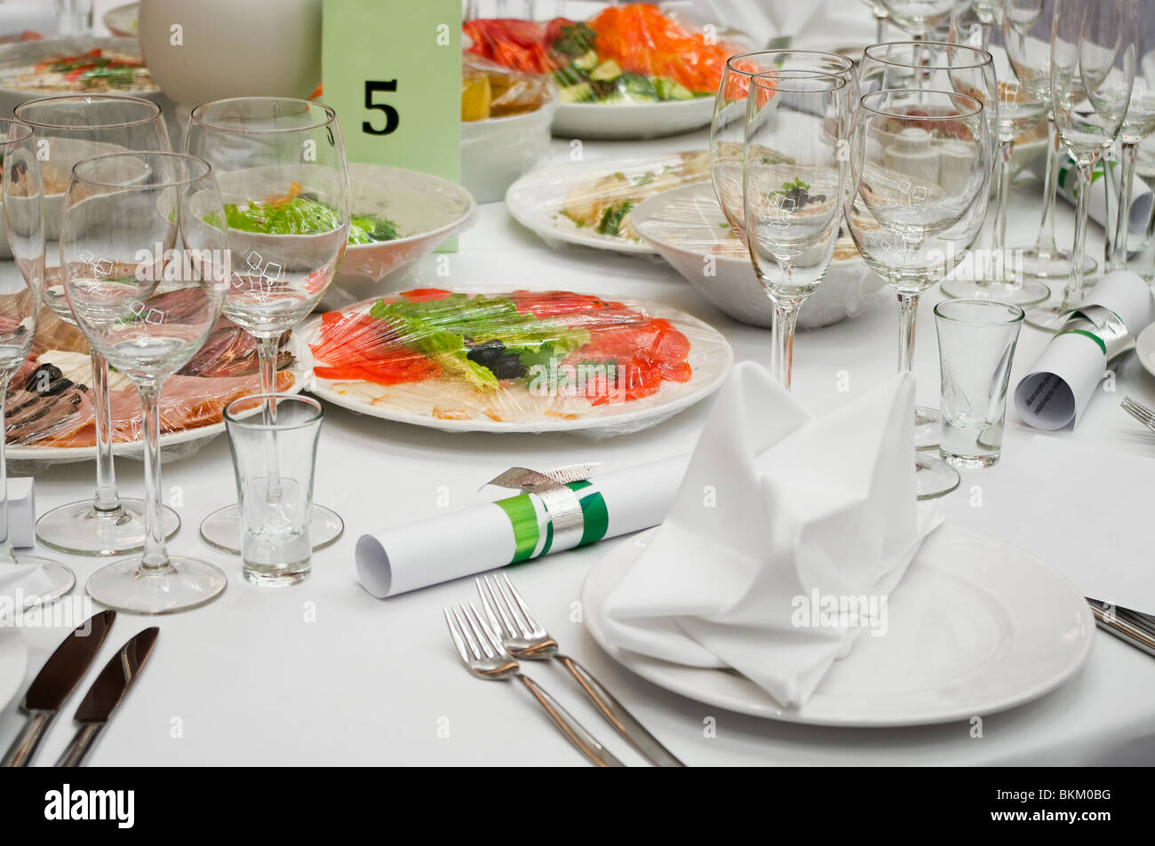 Exceptionnel Detail Of Fancy Table Set For Holiday Dinner. Table Appointments For Dinner  In Restaurant. Formal Dinner Service As At A Wedding