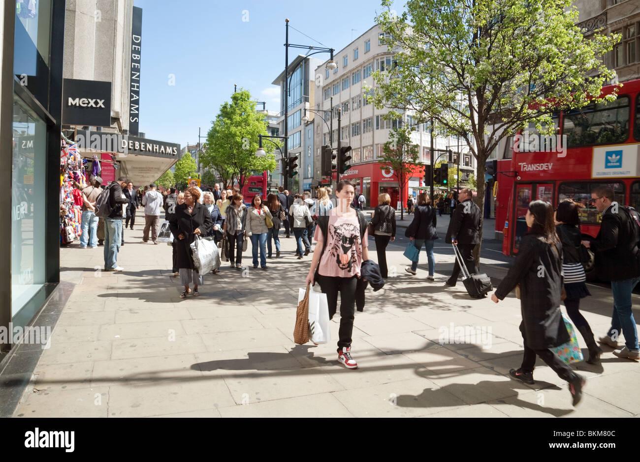 Shoppers, Oxford Street, London UK - Stock Image