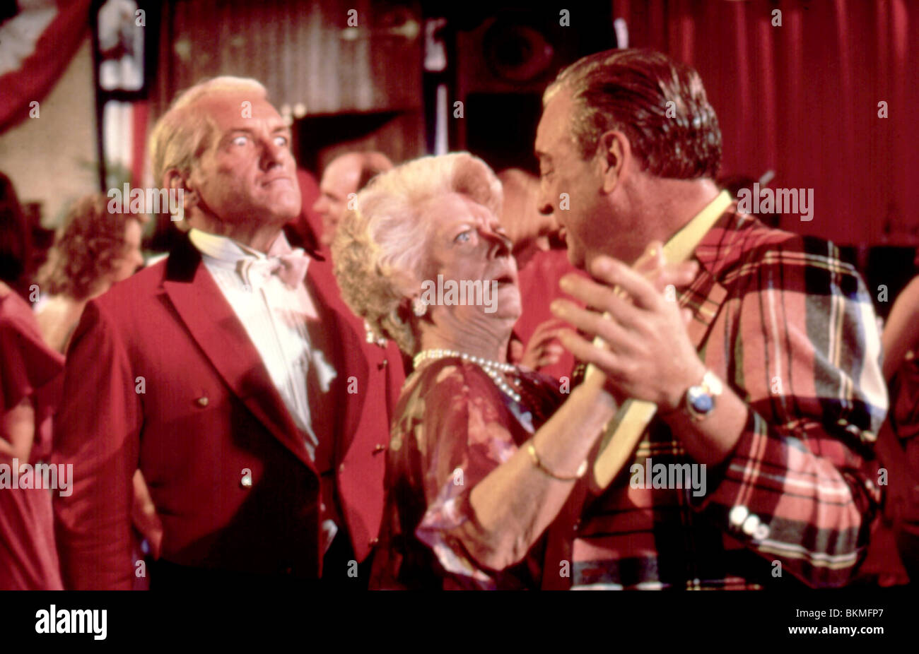 CADDYSHACK (1980) TED KNIGHT, RODNEY DANGERFIELD CDS 004 L - Stock Image
