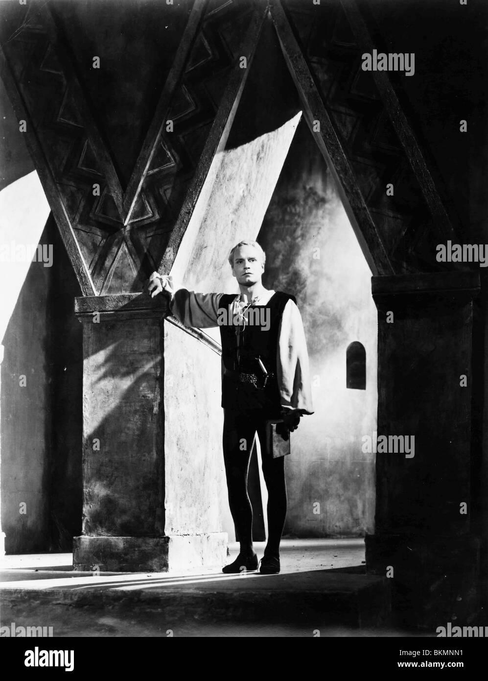 HAMLET -1948 LAURENCE OLIVIER - Stock Image