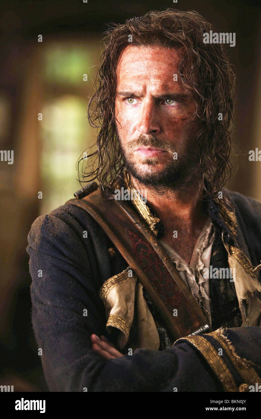PIRATES OF THE CARIBBEAN: DEAD MAN'S CHEST (2006) JACK DAVENPORT CREDIT DISNEY PDMC 001-15 - Stock Image