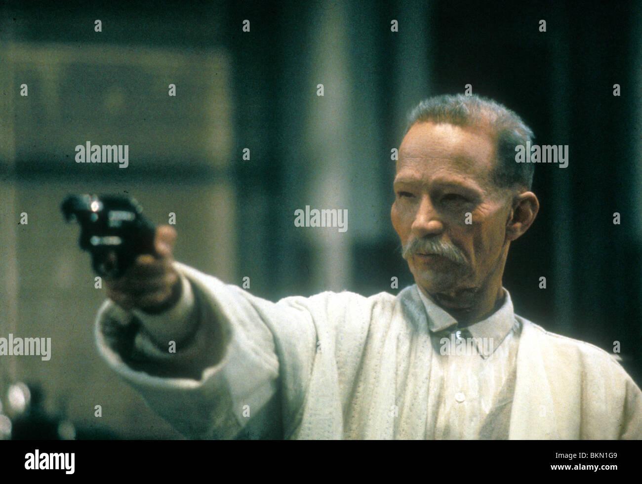 REMO: UNARMED AND DANGEROUS (1985) JOEL GREY REM 019 - Stock Image