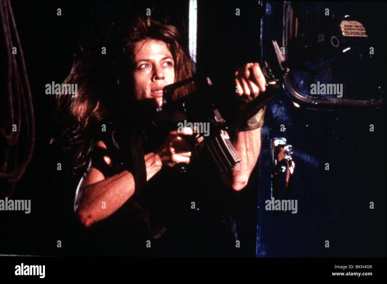 TERMINATOR 2: JUDGEMENT DAY (1991) LINDA HAMILTON TR2 083 - Stock Image