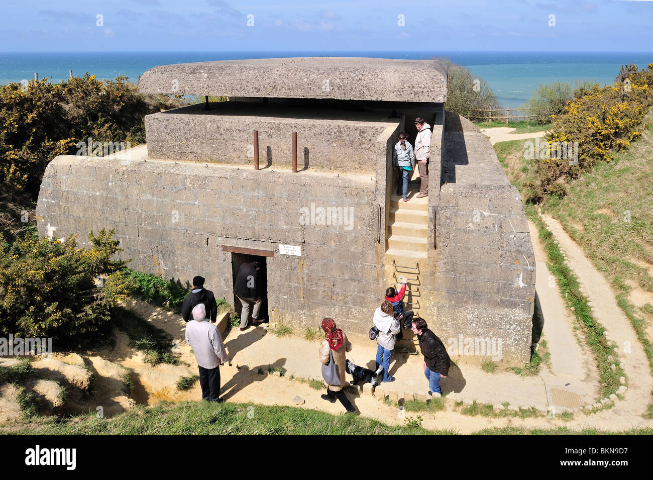 World War Two range-finding post of the Longues Battery, part of the WW2 Atlantik Wall at Longues-sur-Mer, Normandy, - Stock Image