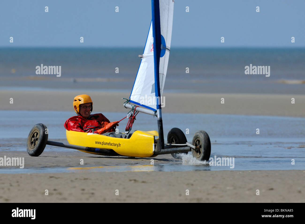 Land sailing / sand yachting / land yachting on the beach at De Panne, Belgium - Stock Image