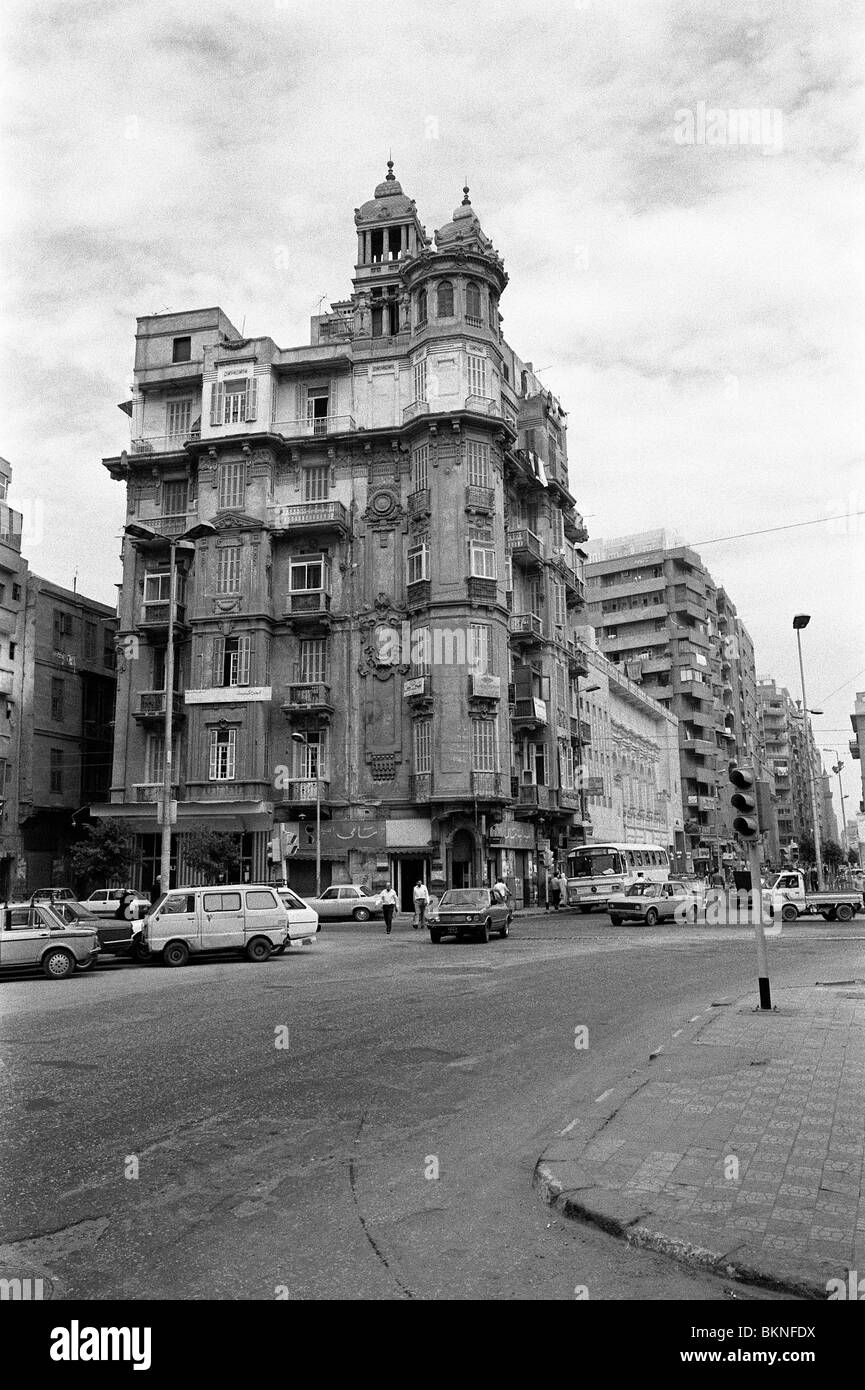 A grand corner building of French architectural style in Cairo City, Egypt - Stock Image