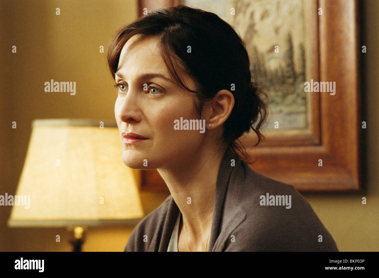 DISTURBIA (2007) CARRIE-ANNE MOSS DTBA 001-11 Stock Photo