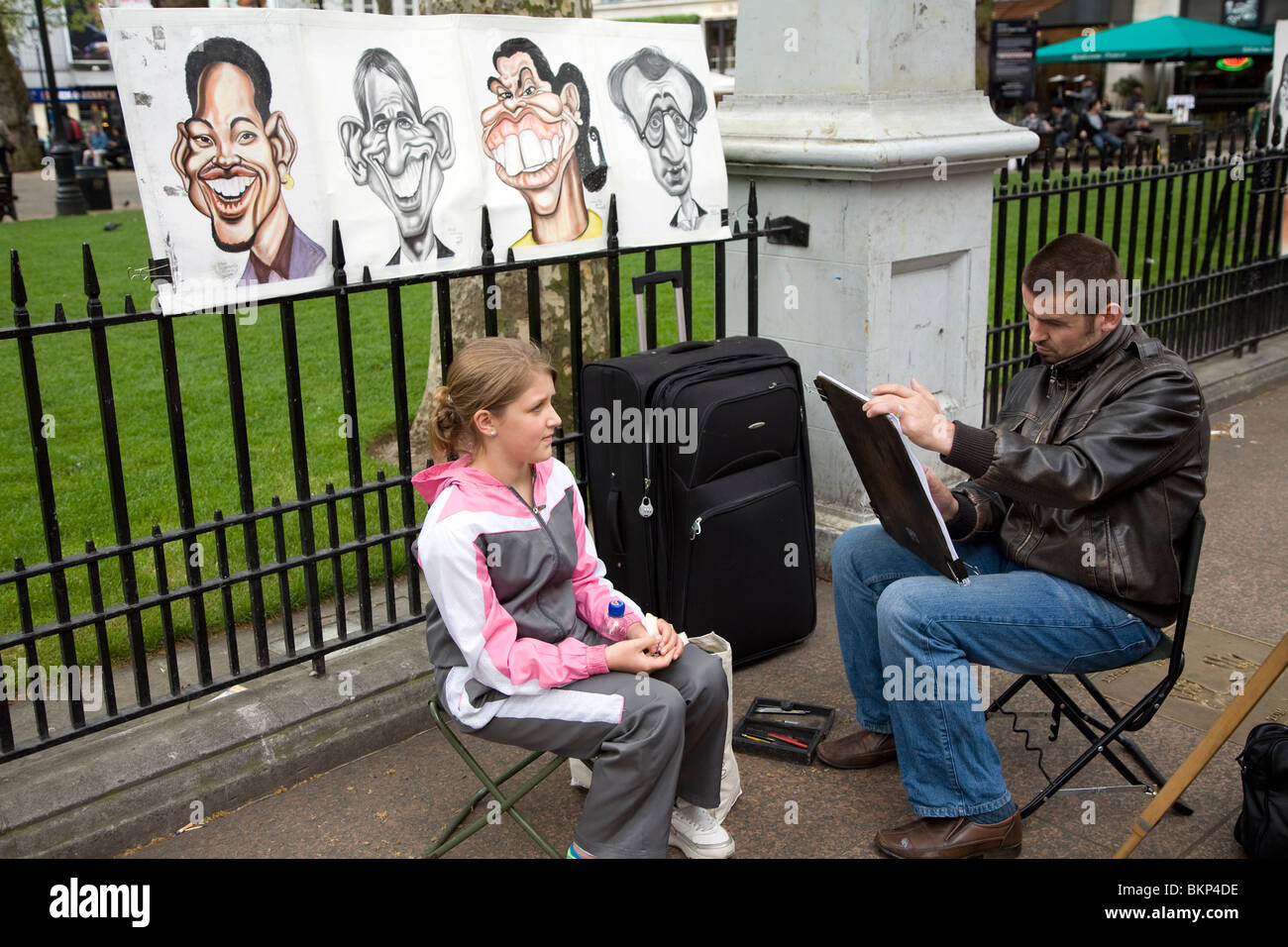 Street portrait artist, Leicester Square, London, England - Stock Image