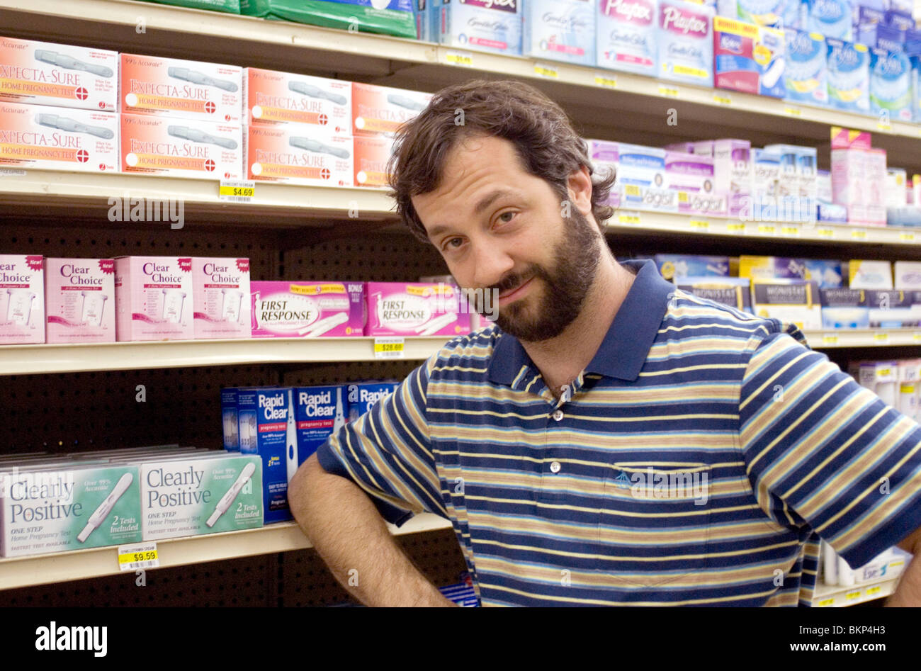 ON SET, FILMING (ALT), BEHIND THE SCENES, O/S 'KNOCKED UP' (2007) JUDD APATOW (DIR) KNOC 001-07 - Stock Image