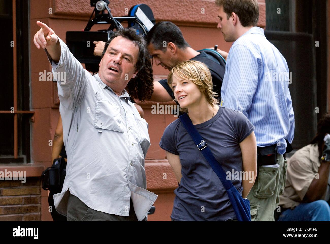 FILMING, O/S 'THE BRAVE ONE (2007)' NEIL JORDAN (DIR), JODIE FOSTER BRAV 032 - Stock Image