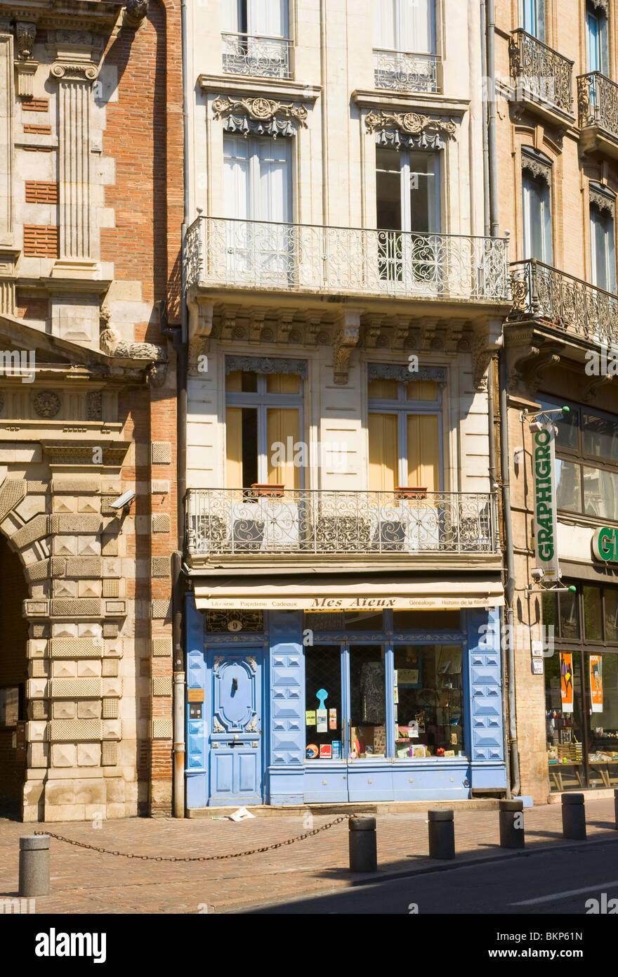 Mes Aieux Boutique and Genealogy Specialist Shop in Place D'Assezat Toulouse Haute-Garonne Midi-Pyrenees France - Stock Image