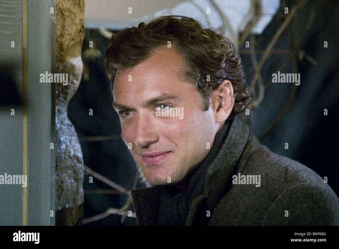 The Holiday 2006 Jude Law Stock Photo Alamy