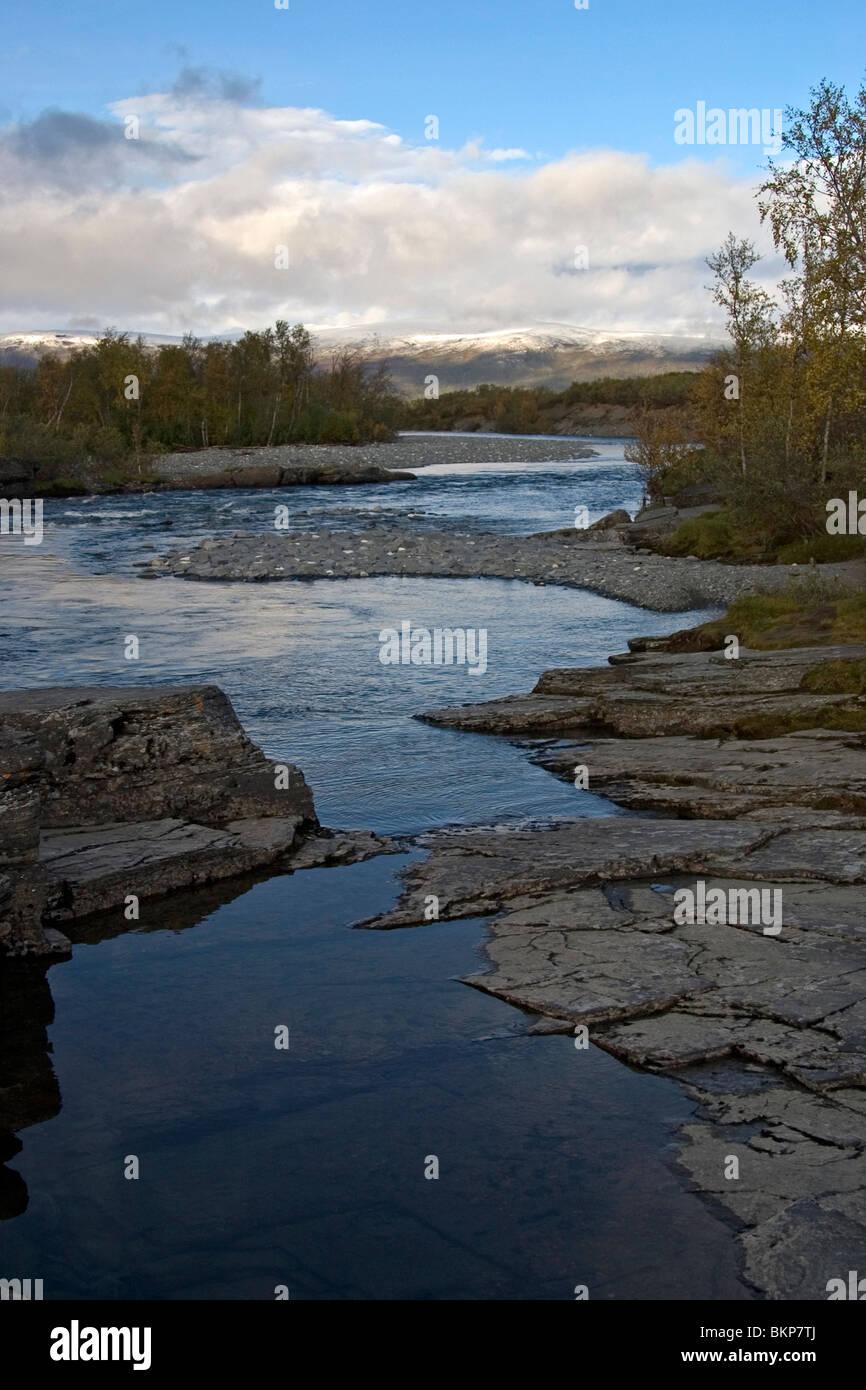 Foto van de Abisko rivier in Noordelijk lapland; Photo of the Abisko rivier in northern lapland Stock Photo
