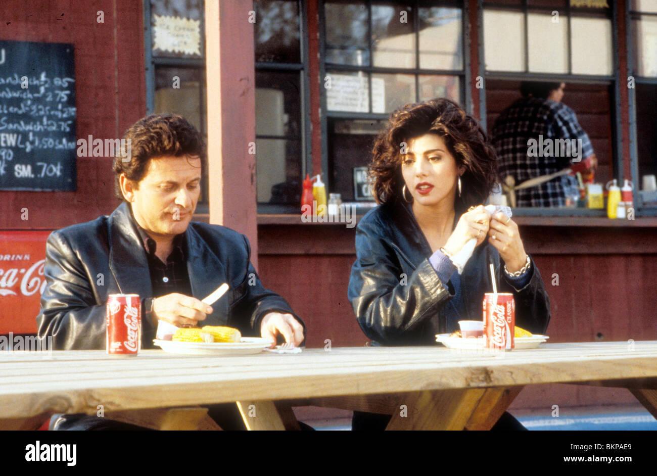 MY COUSIN VINNY (1992) JOE PESCI, MARISA TOMEI MCV 012 H - Stock Image