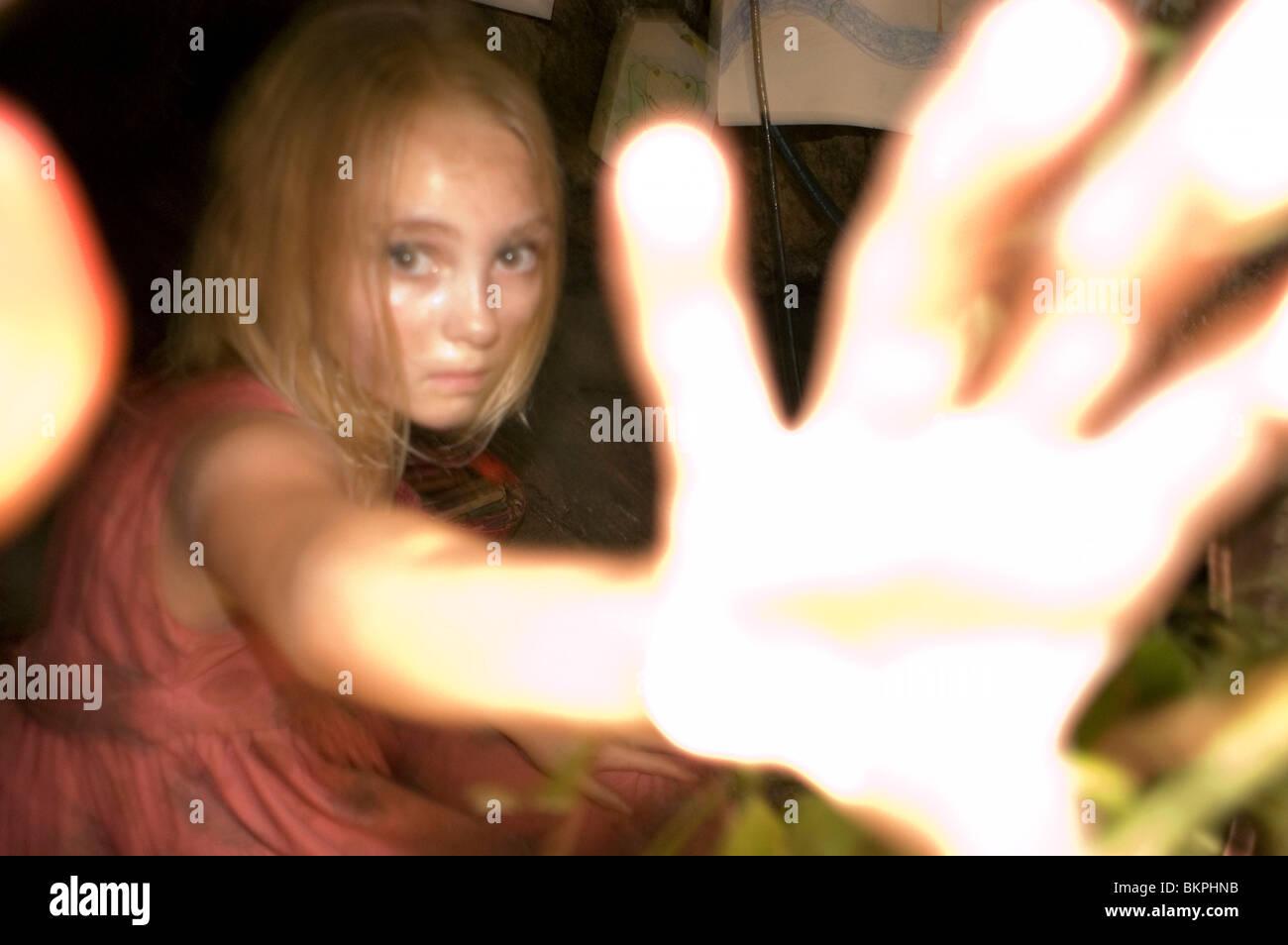 THE REAPING (2007) ANNASOPHIA ROBB REAP 001-03 - Stock Image