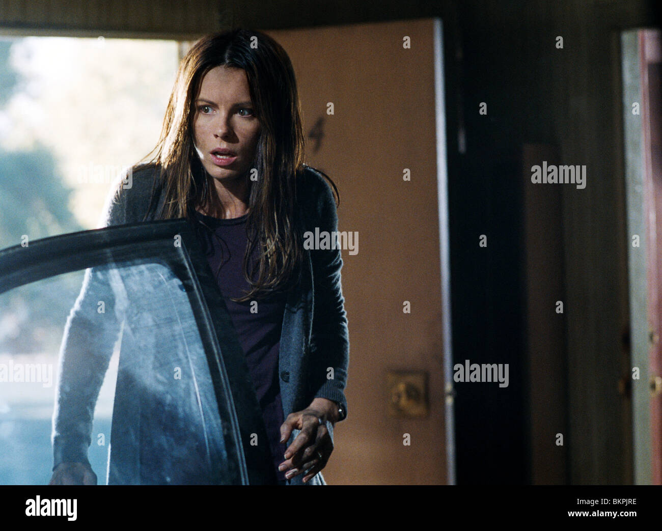 VACANCY (2007) KATE BECKINSALE VACA 001-08 - Stock Image
