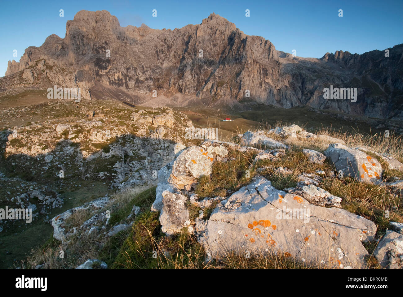 Views of the peaks above the Aliva valley, Picos de Europa, Northern Spain - Stock Image