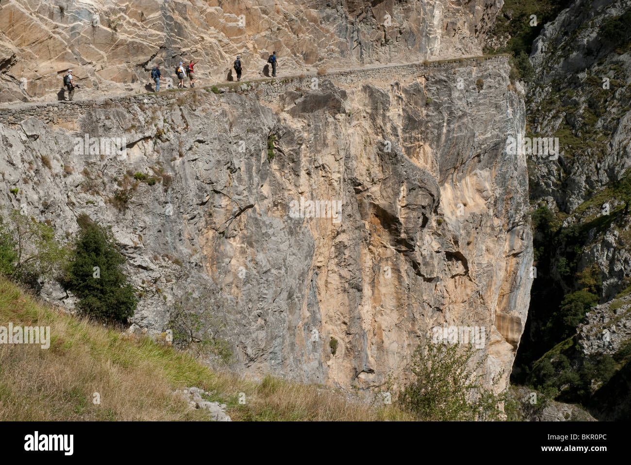The Cares Gorge  separates the central and western massifs of the Picos. Picos de Europa, Northern Spain - Stock Image