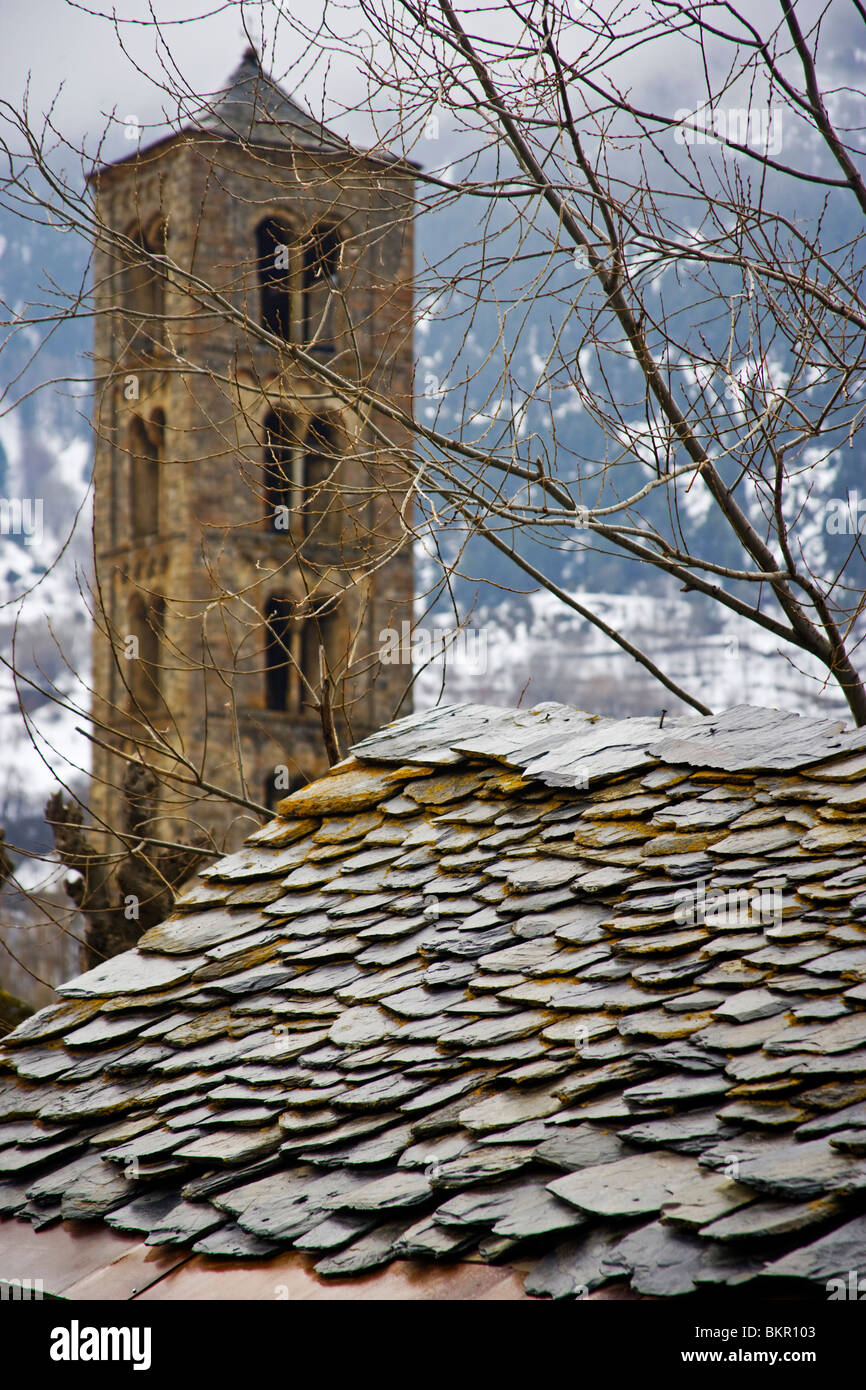 Romanesque church (s. XII). -UNESCO World Heritage Site- Pyrenees. Vall de Boi. Spain - Stock Image