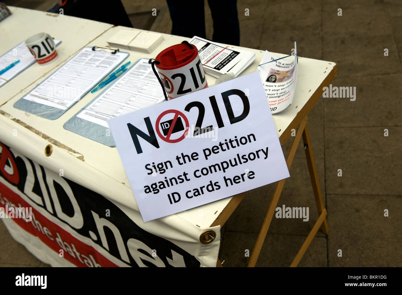 No to ID Cards petition, Cambridge, Britain,UK. NO2ID. - Stock Image