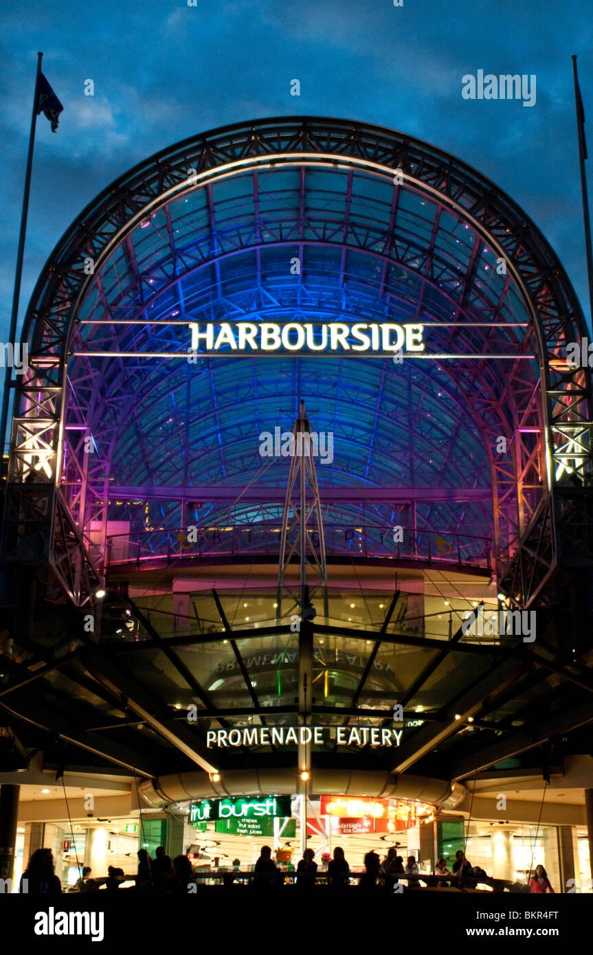 Harbourside Shopping Centre at dusk, Cockle Bay, Darling Harbour, Sydney, Australia - Stock Image