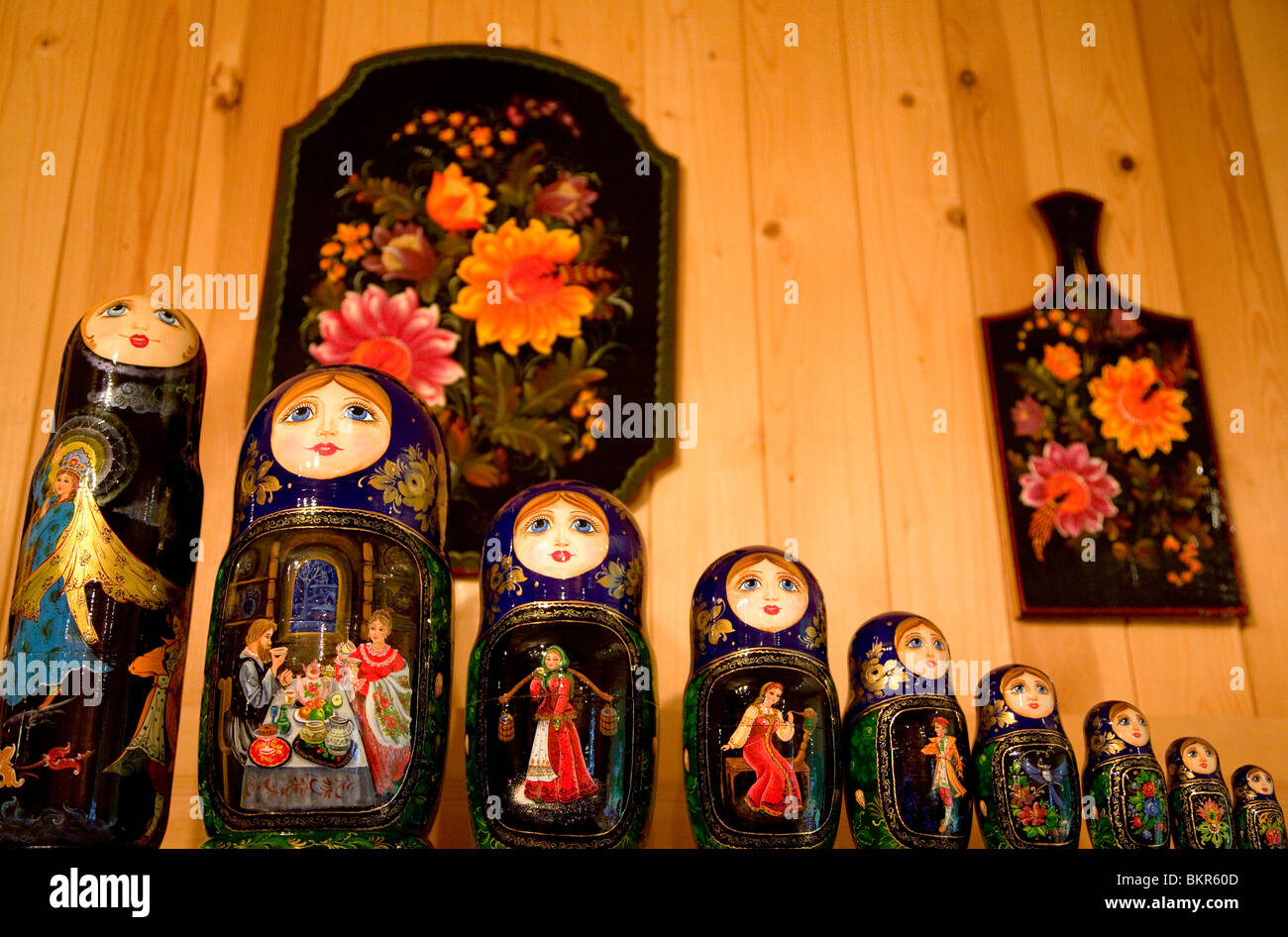 Russia, Leningrad Region, Podporozhsky. In Mandrogi, a crafts village on the Svir river. Matryshka Dolls. - Stock Image