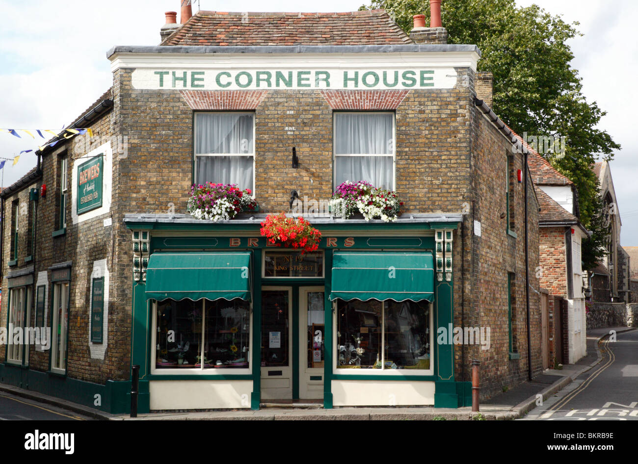 Brewers Shoe Shop, The Corner House,  King Street, Sandwich, Kent - Stock Image