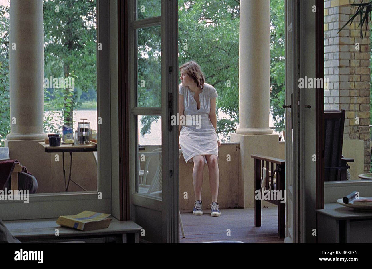 NACHMITTAG (2007) AFTERNOON (ALT) ANGELA SCHANELEC (DIR) 001 - Stock Image