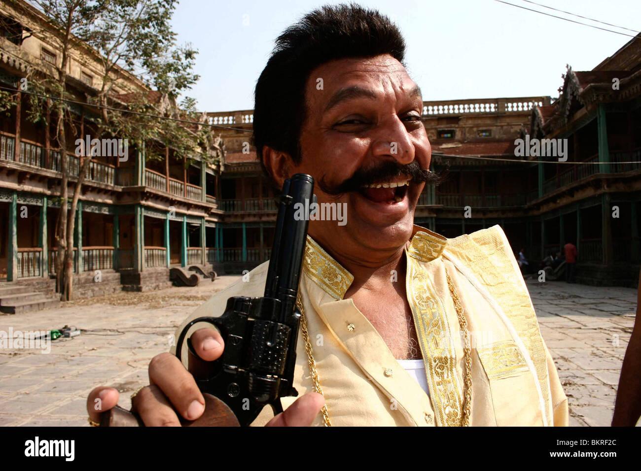 QUICK GUN MURUGUN (2009) SHASHANKA GHOSH (DIR) 001 - Stock Image